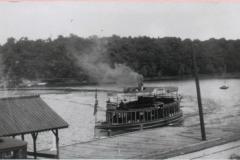 Streetcar boat on regular lake service (1906-1926) St. Louis Bay